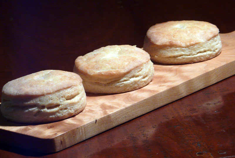 Biscuits%20March%2031st%2C%202014-L.jpg
