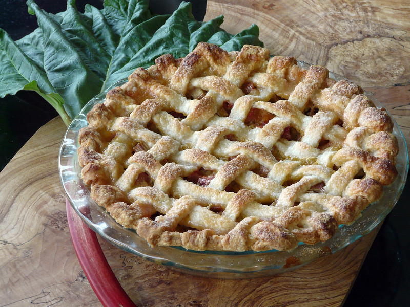 Rhubarb%20Pie%20May%2016th%2C%202013-L.j