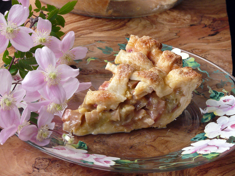 Rhubarb%20Pie%20May%2017th%2C%202013%204